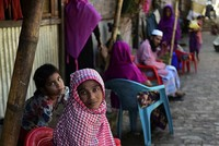 At least 22,000 Rohingya fled Myanmar's conflict-torn Rakhine State in the previous week to seek refuge in neighboring Bangladesh, the United Nations said Monday. The latest refugee arrivals in...