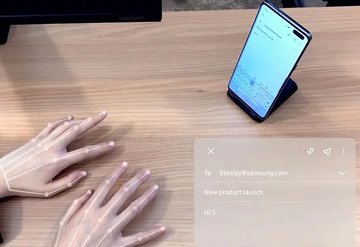 Samsung'tan görünmez klavye: Selfıe Type
