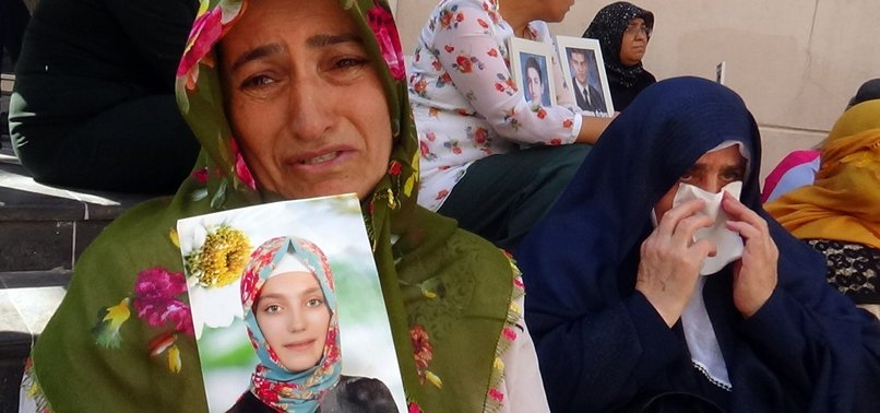 MORE KURDISH FAMILIES JOIN SIT-IN PROTEST AGAINST PKKS CHILD ABDUCTION