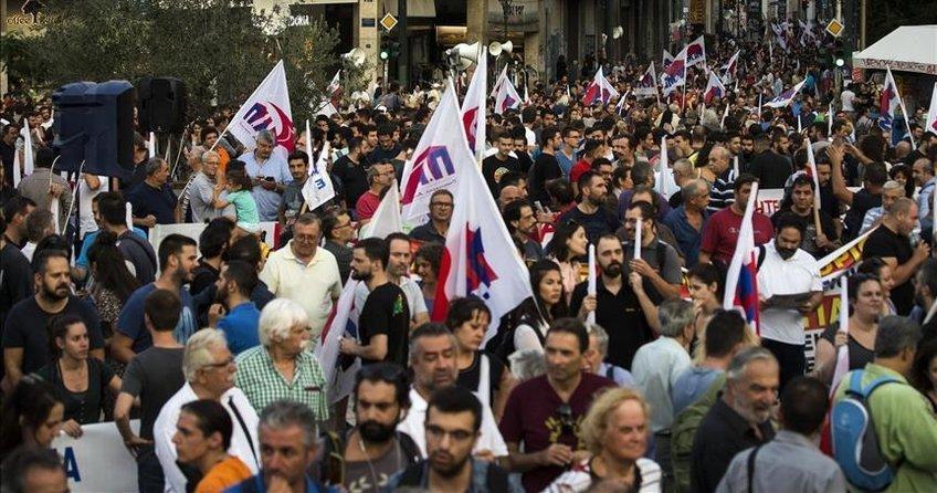 Yunanistanda kemer sıkma karşıtı gösteri