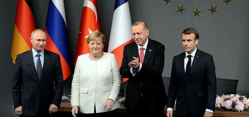 POLITICAL EXPERTS APPLAUD ISTANBUL SUMMIT ON SYRIA