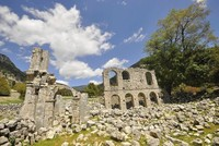 Expats and tourists are heading to Demre (Myra), a small district in Antalya, to commemorate Saint Nicholas's Day in a religious ceremony ahead of the new year. The church holds a service every...