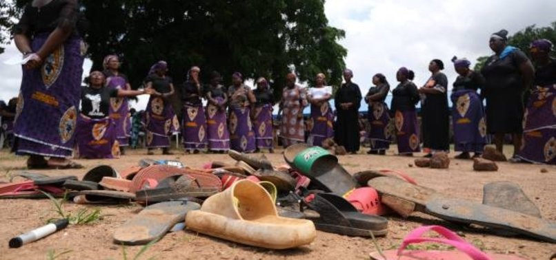 NIGERIAN GUNMEN RELEASE 10 KIDNAPPED STUDENTS