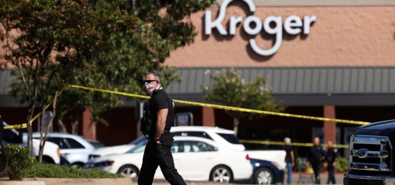 AT LEAST 1 DEAD, 12 INJURED IN US SUPERMARKET SHOOTING