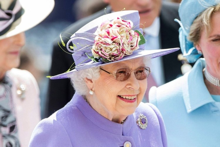 Kraliçe II. Elizabeth'in sağlık durumu nasıl?