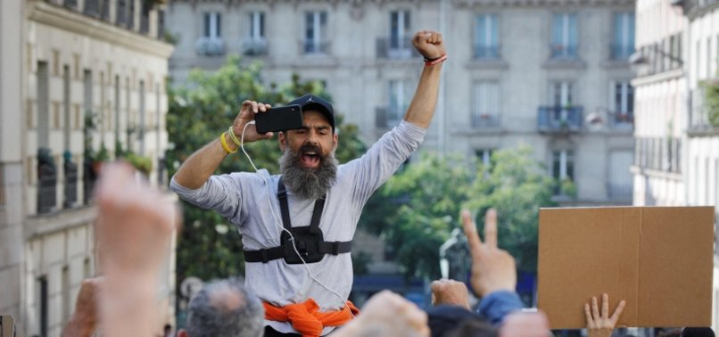 ANGER OVER COVID RULES GIVES NEW IMPETUS TO FRANCES YELLOW VESTS