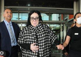 Hayranlarına Nur Yerlitaş'tan üzücü haber