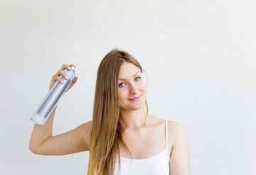 Saçlarınıza zarar veren 7 önemli hata