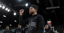 LeBron, Steph lead hand-picked teams into NBA All-Star Game