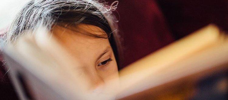 'Çocuklar ilgi alanlarına girmeyen kitapları okumaya zorlanmamalı'