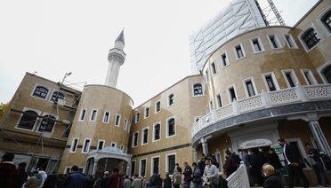 Almanya'da Cami Baskını