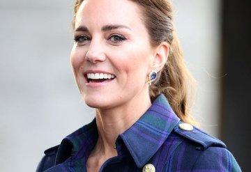 Kate Middleton, Cruelladan İlham Alan Mor Ekoseli Paltosuyla