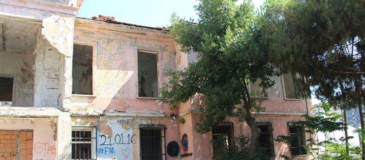 Tarihi hastanenin restorasyonu için eski fotoğraf çağrısı