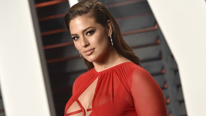 ASHLEY GRAHAM JÜRİ OLUYOR