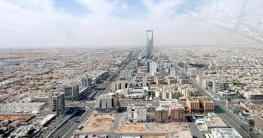 Suudi Arabistan ilkleri yaşamaya devam ediyor
