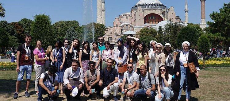 Türk dili ve edebiyatı dünyanın dört bir yanına taşınacak