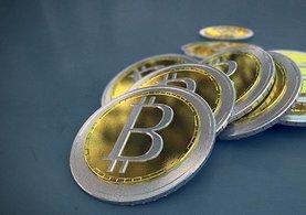 /ekonomi/2017/12/06/bitcoin-12-bin-dolari-gecti