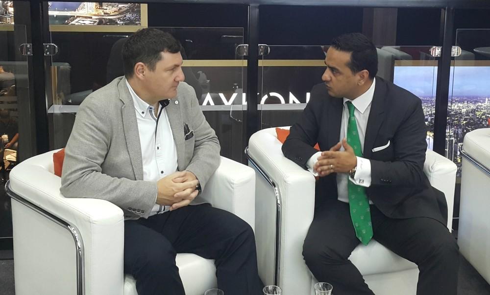 Prominent economics professor, Kerem Alkin (L), with Daily Sabahu2019s Ankara Represantative Ali u00dcnal.
