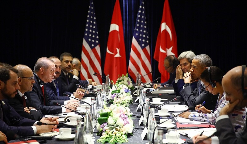 President Recep Tayyip Erdou011fan and U.S. President Barack Obama making a brief statement following a closed-door meeting ahead of the G20 Summit in China, September 4, 2016 (AA Photo)