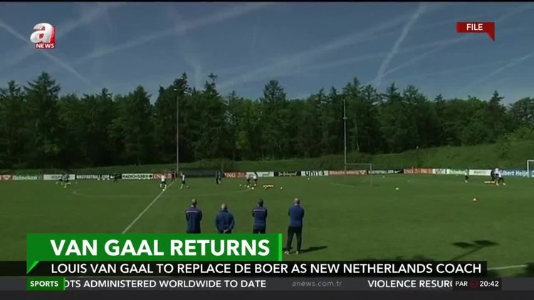 Louis van Gaal to replace de Boer as new Netherlands coach