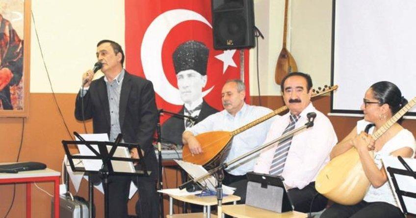 Mahzuni Serif türküleri söylendi