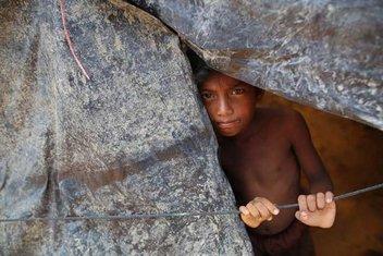 Ölüm tehlikesi altındaki 200 bin Arakanlı çocuk
