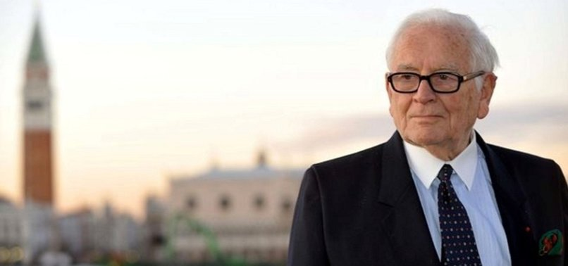 FAMED FRENCH FASHION DESIGNER PIERRE CARDIN DIES AT AGE OF 98