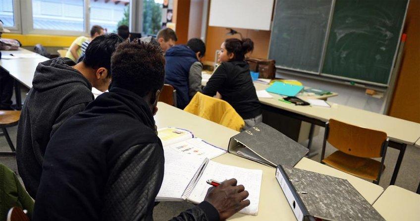 Üç öğrenciden biri göçmen