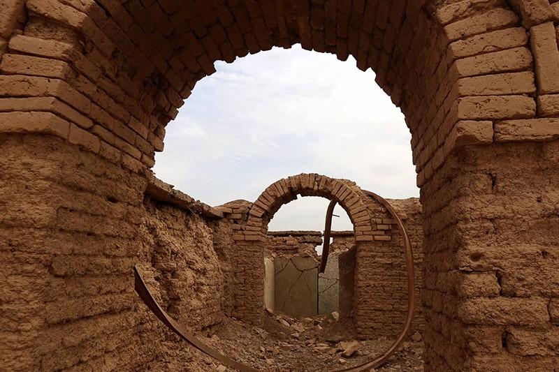 A picture taken on November 15, 2016, shows the destruction caused by Daesh at the archaeological site of Nimrud, some 30 kilometers south of Mosul in the Nineveh province. (AFP Photo)
