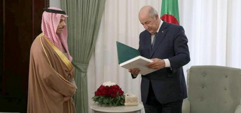 ALGERIA, SAUDI ARABIA DISCUSS OPEC, REGIONAL, INTERNATIONAL ISSUES