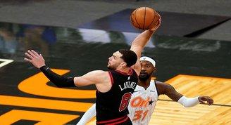 NBAde Bullstan Pelicans potasına 3 sayı yağmuru