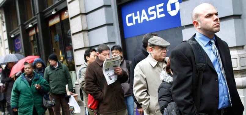 US JOBLESS CLAIMS RISE TO 719K AS VIRUS STILL FORCES LAYOFFS