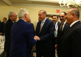 Cumhurbaşkanı Erdoğan, SETA Üyelerini Kabul Etti