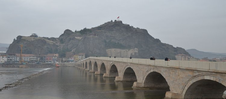 5 asırlık Koyunbaba Köprüsü restore edildi