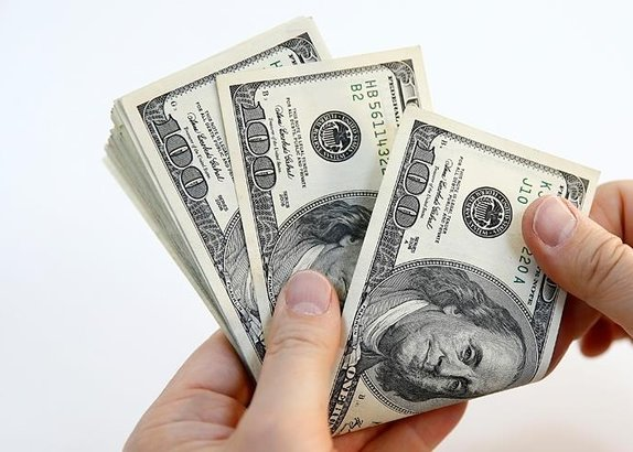 /turkiye/2017/11/10/feto-elebasina-50-bin-dolar-hurmet-parasi-goturmusler