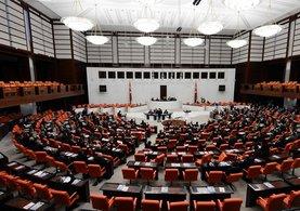 Anayasa teklifi meclisten geçti!