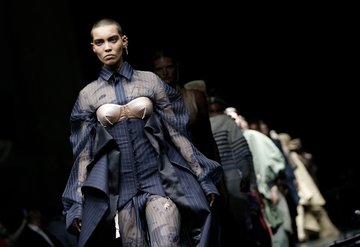 Couture'un Yeni Ustaları: Sacai x Jean Paul Gaultier