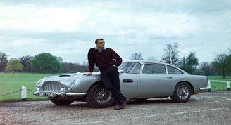 James Bondun otomobili 6.4 milyon dolara satıldı