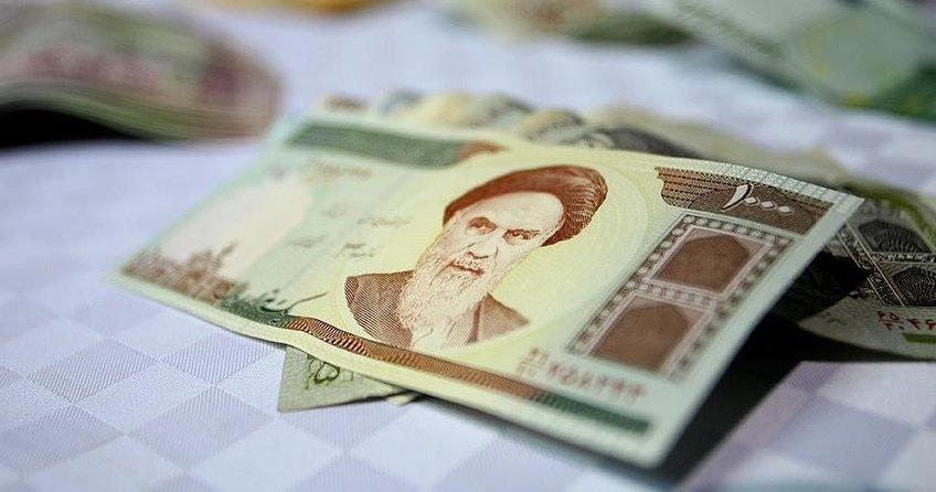 İranda dolar kuru tarihi seviyeye ulaştı