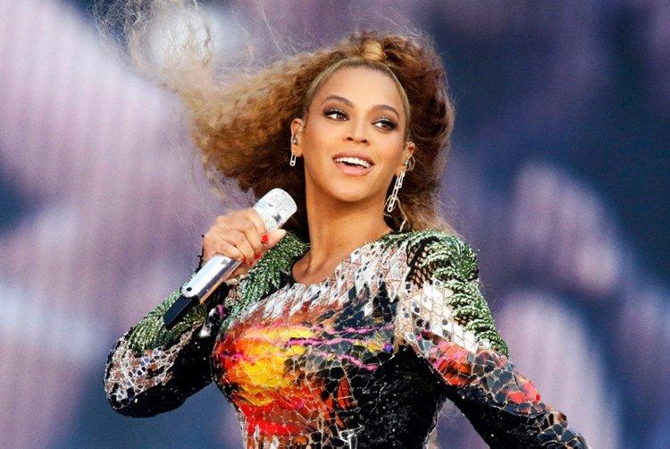 Beyonce'dan hayranlarını heyecanlandıran sürpriz!