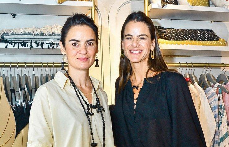 Edwina Sponza ile Aslı Bayraktaroğlu, hayata geçirdikleri konsept butiklerinin açılışını dostlarıyla yaptı.