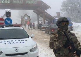 Jandarma Uludağ'da kuş uçurtmuyor