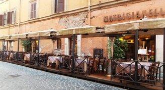 Turistsiz bir Roma seyahati