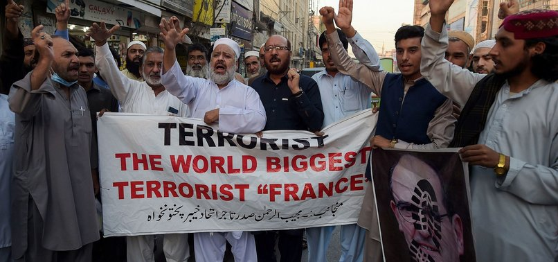 PAKISTANIS JOIN WORLDWIDE CAMPAIGN TO BOYCOTT FRENCH-MADE PRODUCTS