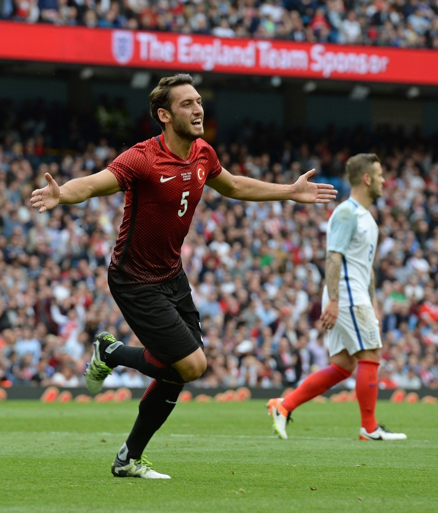 Although Turkey lost 2-1 to England in their friendly on Sunday, the English media stressed that Turkey could surprise at Euro 2016 thanks to new players, who were born in Germany