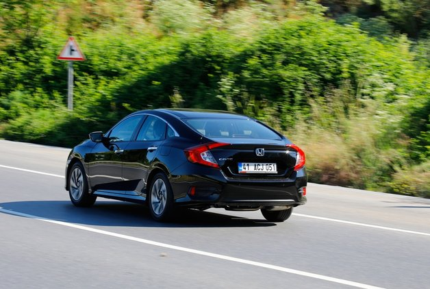 TEST - Honda Civic Sedan 1.6 Executive Eco