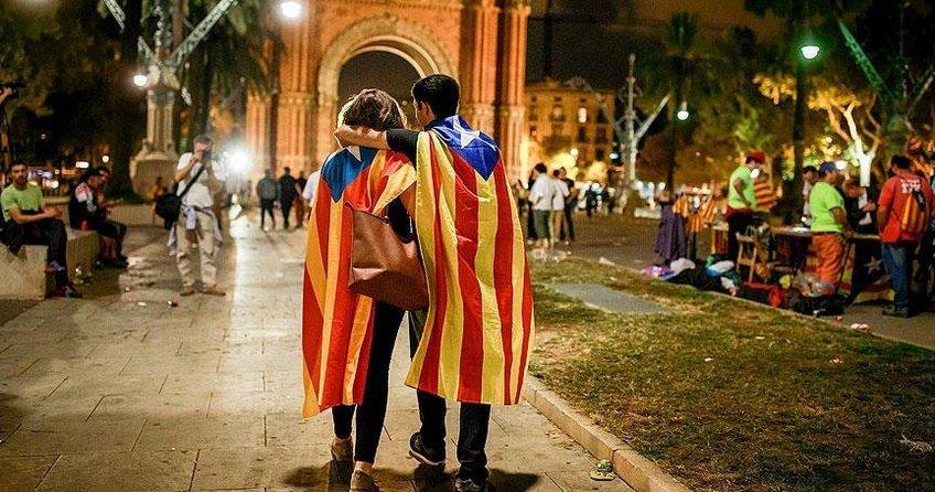 Katalonyanın ayrılması bölgeyi ekonomik zarara uğratabilir