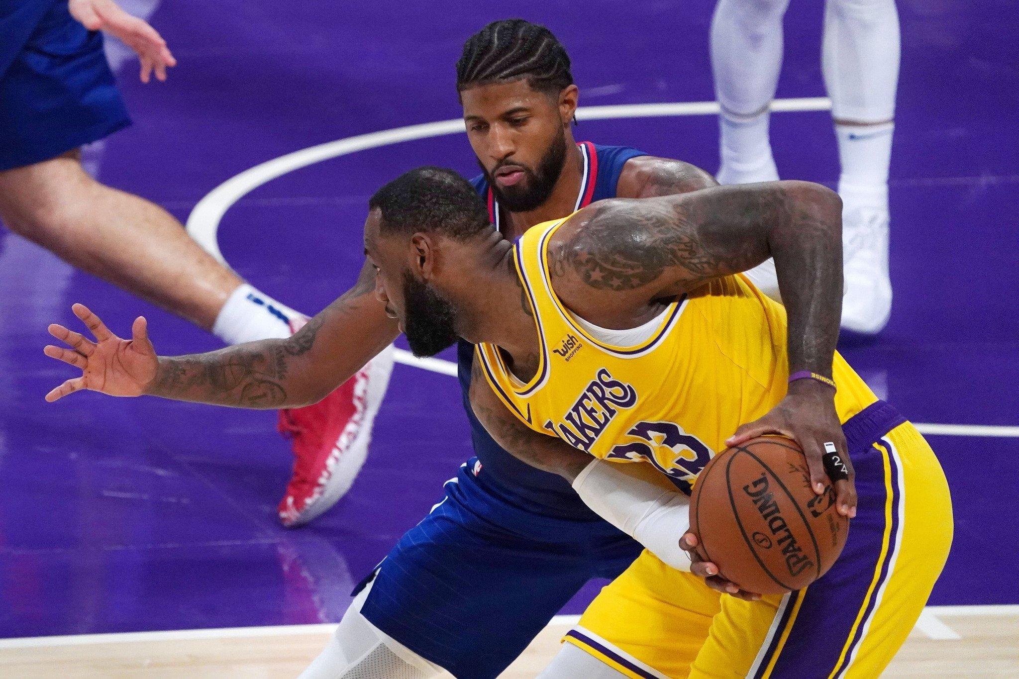 SON NBA ŞAMPİYONU LAKERS SEZONA MAĞLUBİYETLE BAŞLADI