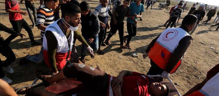 İsrail askerleri Gazze sınırında 144 Filistinliyi yaraladı