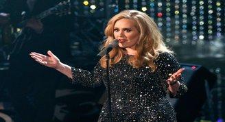 Adele 4. albümünü çıkarmaya hazırlanıyor